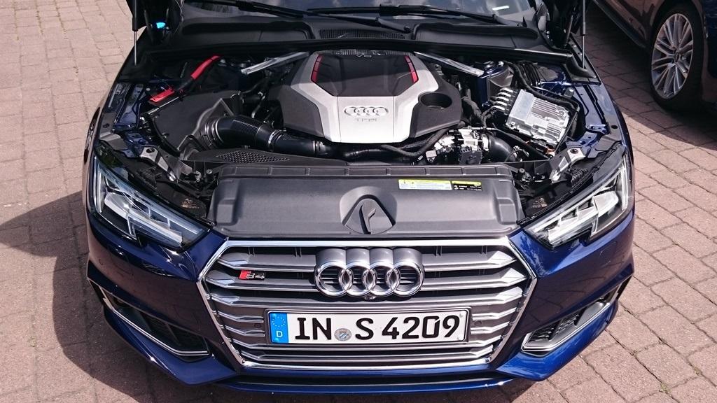 Audi S4 B9: TFSI