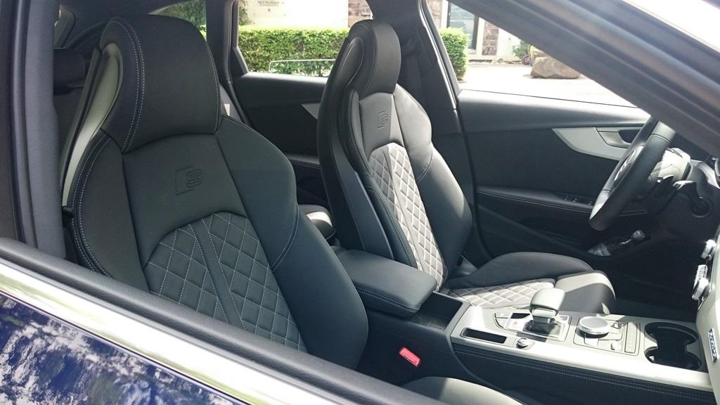 Audi S4 Avant B9: Sportsitze
