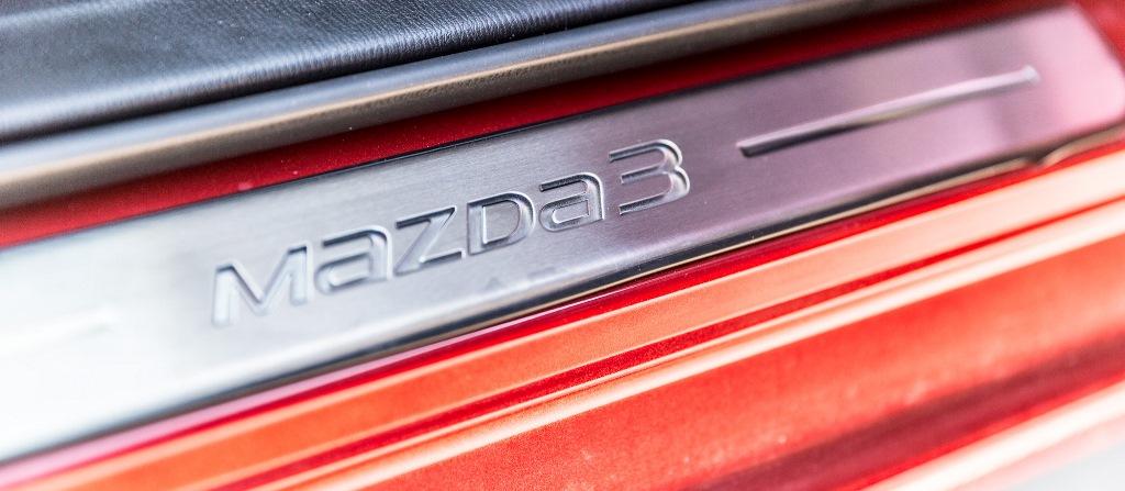 Tür-Einstiegsleiste: Mazda3
