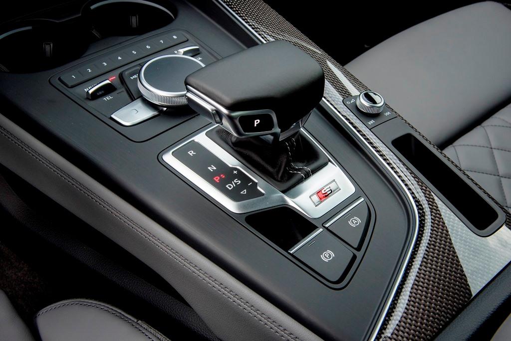 Audi S4: DSG