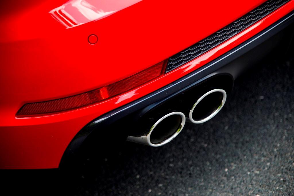 Audi S4: Auspuff