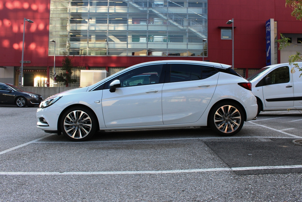 Opel Astra K