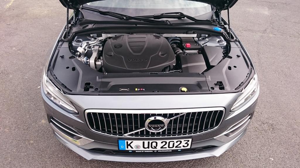 Motor: Volvo S90 D5