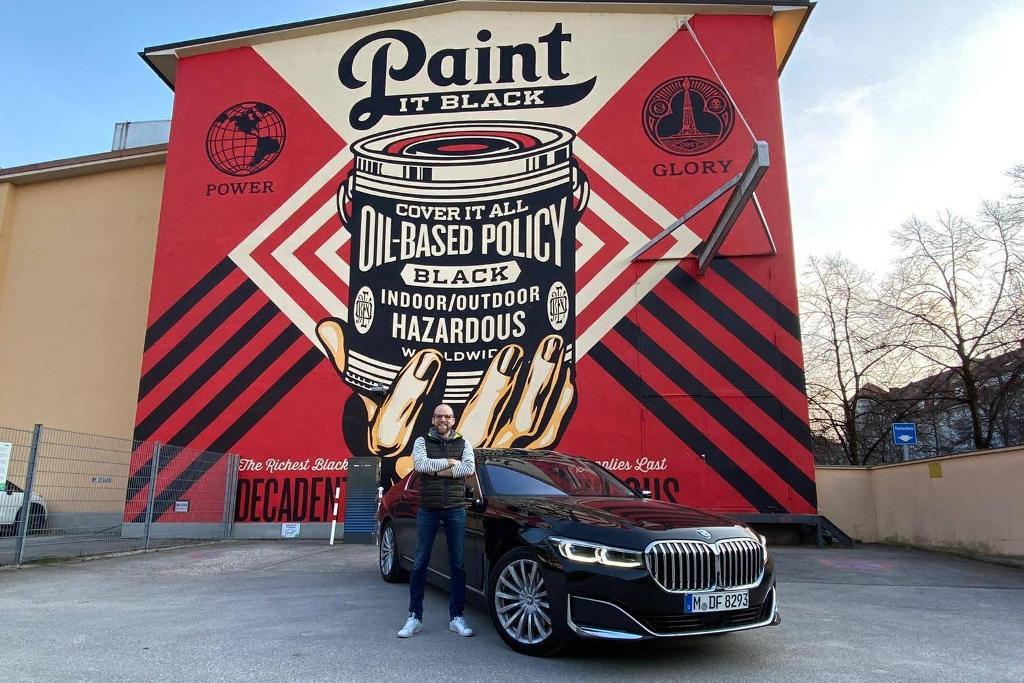 Paint it Black: BMW 7er mit Daniel Przygoda