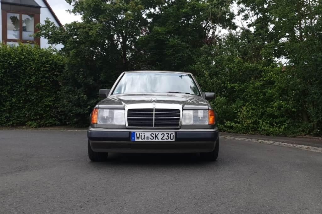 Mercedes 230 E, Front