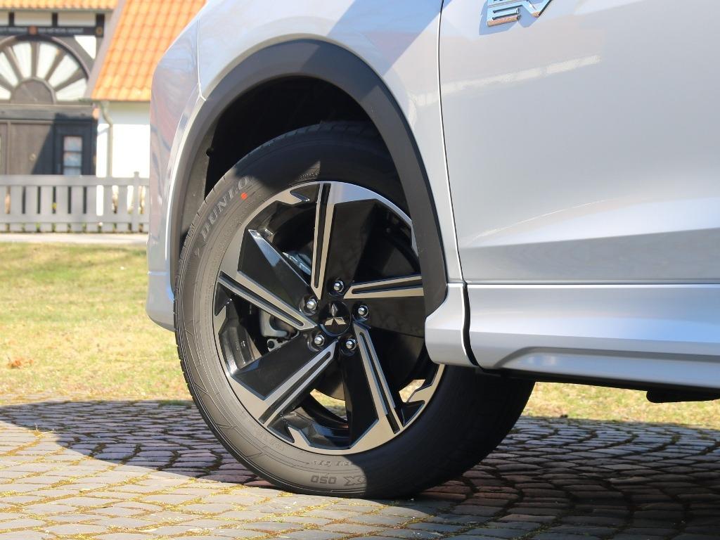 Mitsubishi Eclipse Cross Plug-in Hybrid 18 Zoll Felgen