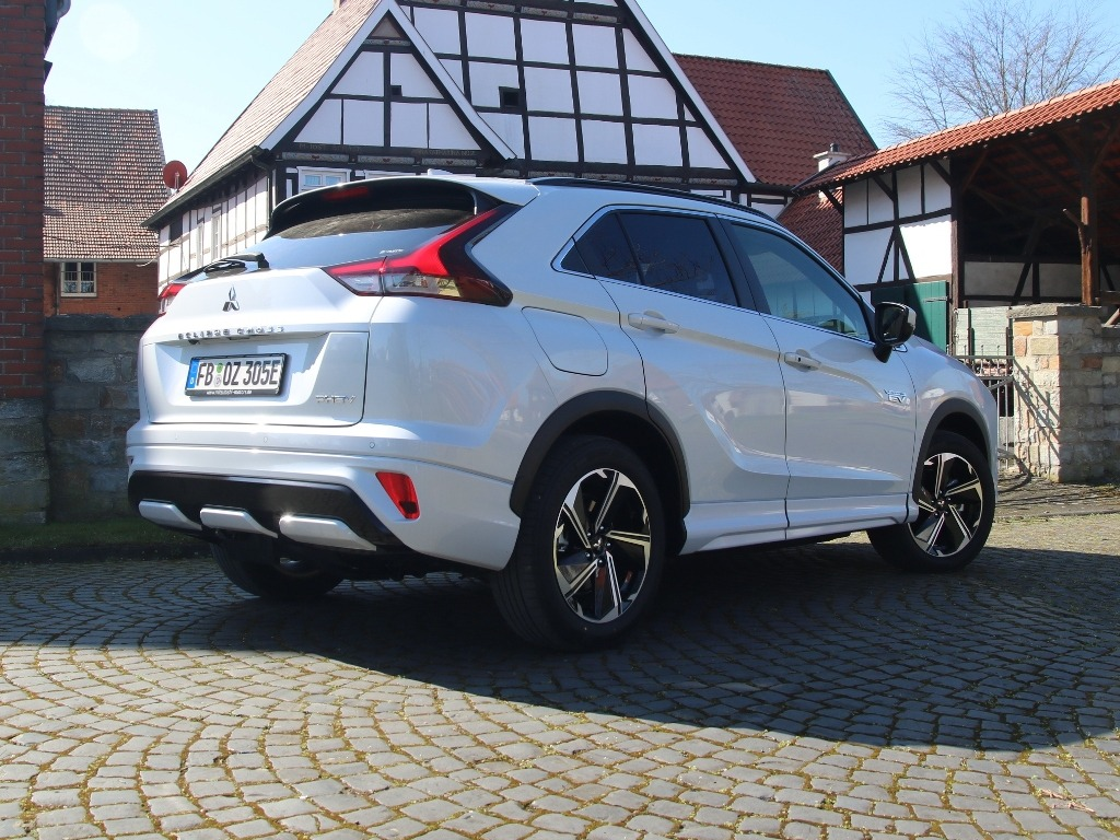 Mitsubishi Eclipse Cross Plug-in Hybrid PHEV (Facelift) - SUV-Coupé
