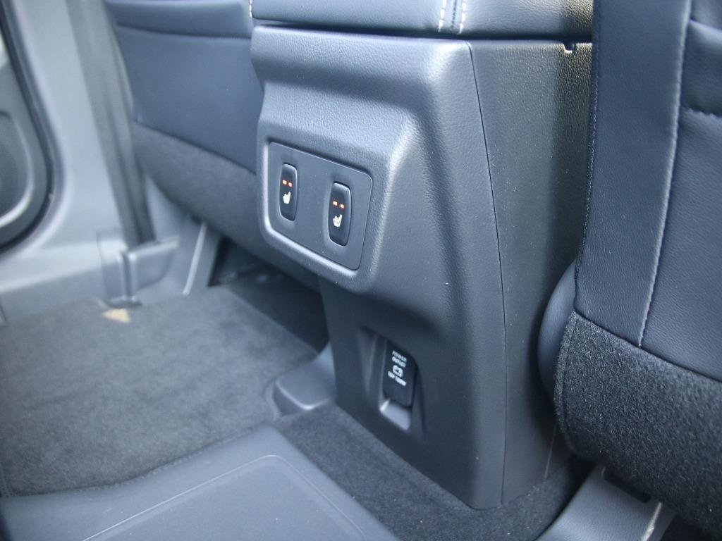 Sitzheizung hinten und USB-Anschlüsse