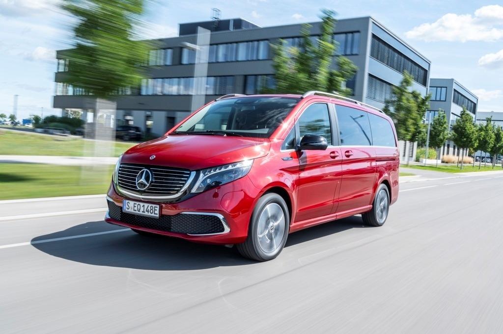Mercedes-Benz EQV 300, Avantgarde Line, Hyazinthrot, Elektro-Großraumlimousine