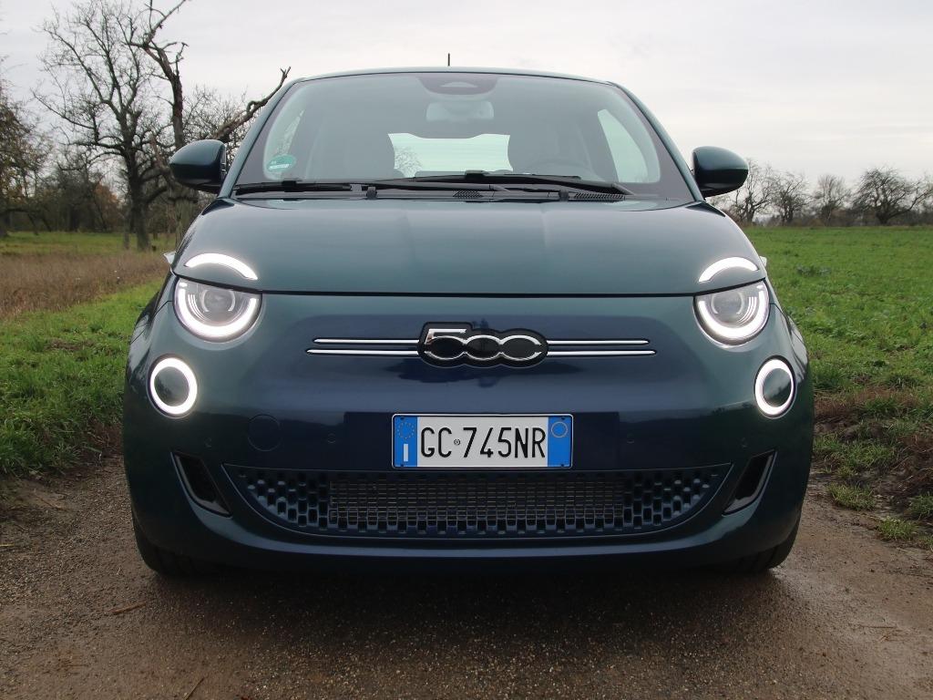 Fiat 500, Frontansicht, LED-Scheinwerfer
