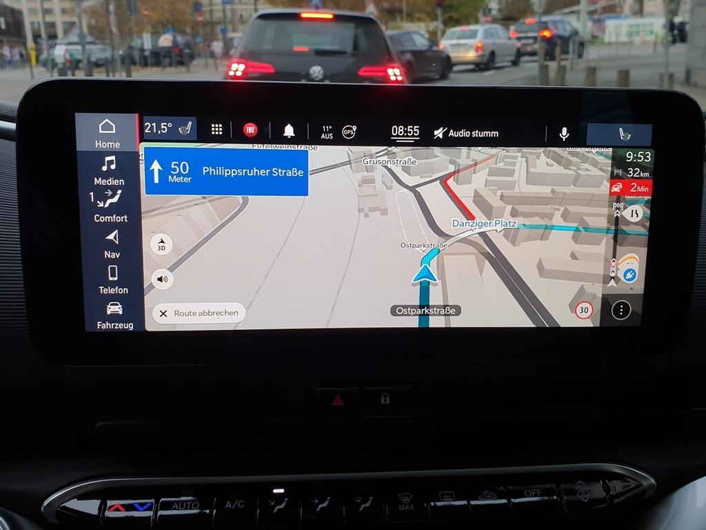 Infotainmentsystem Uconnect (3RG), 10,25 Zoll, Touchscreen