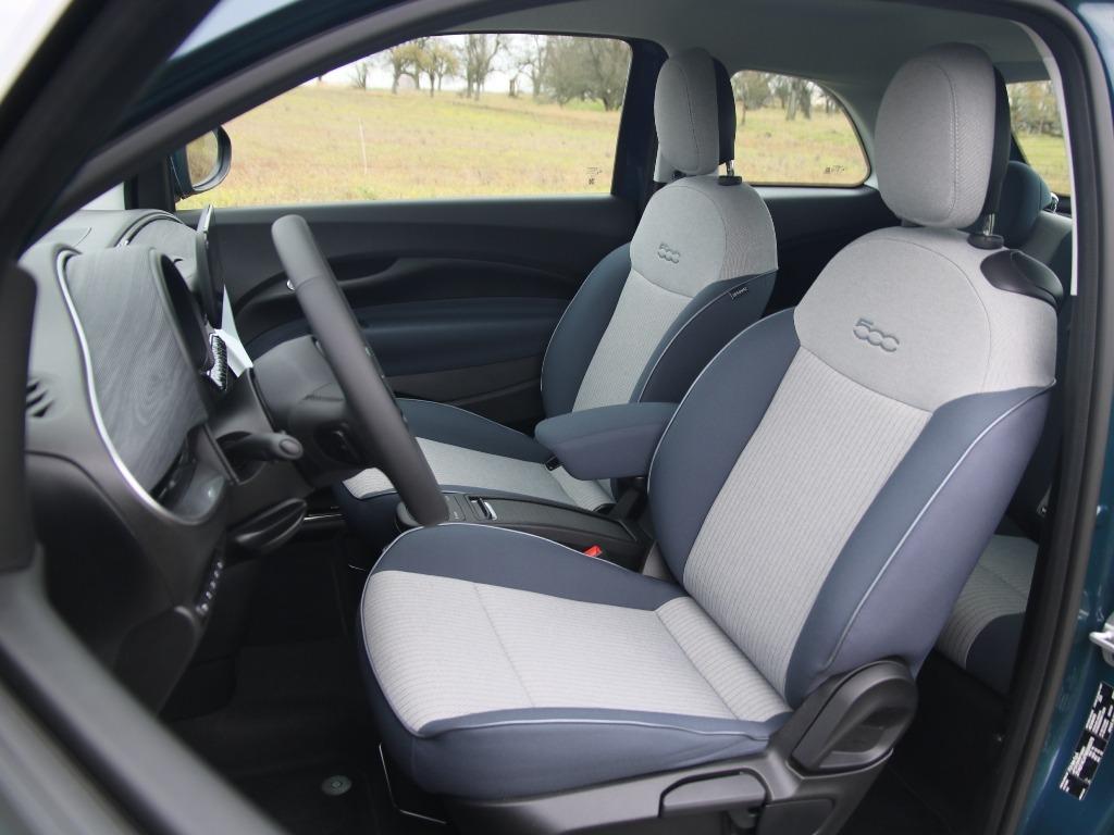 Fiat 500 Icon, Nadelstreifen, Sequal, Sitze vorne, Innenraum