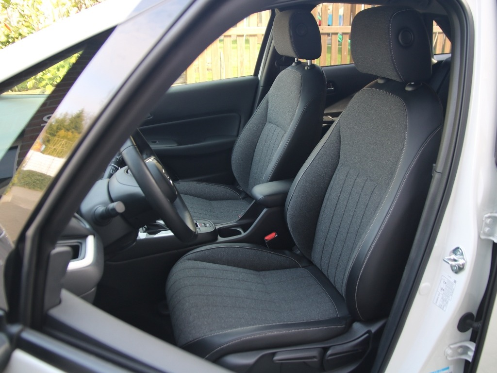 "Teilledersitze mit Sitzheizung - Honda Jazz ""Executive"" (2021)"