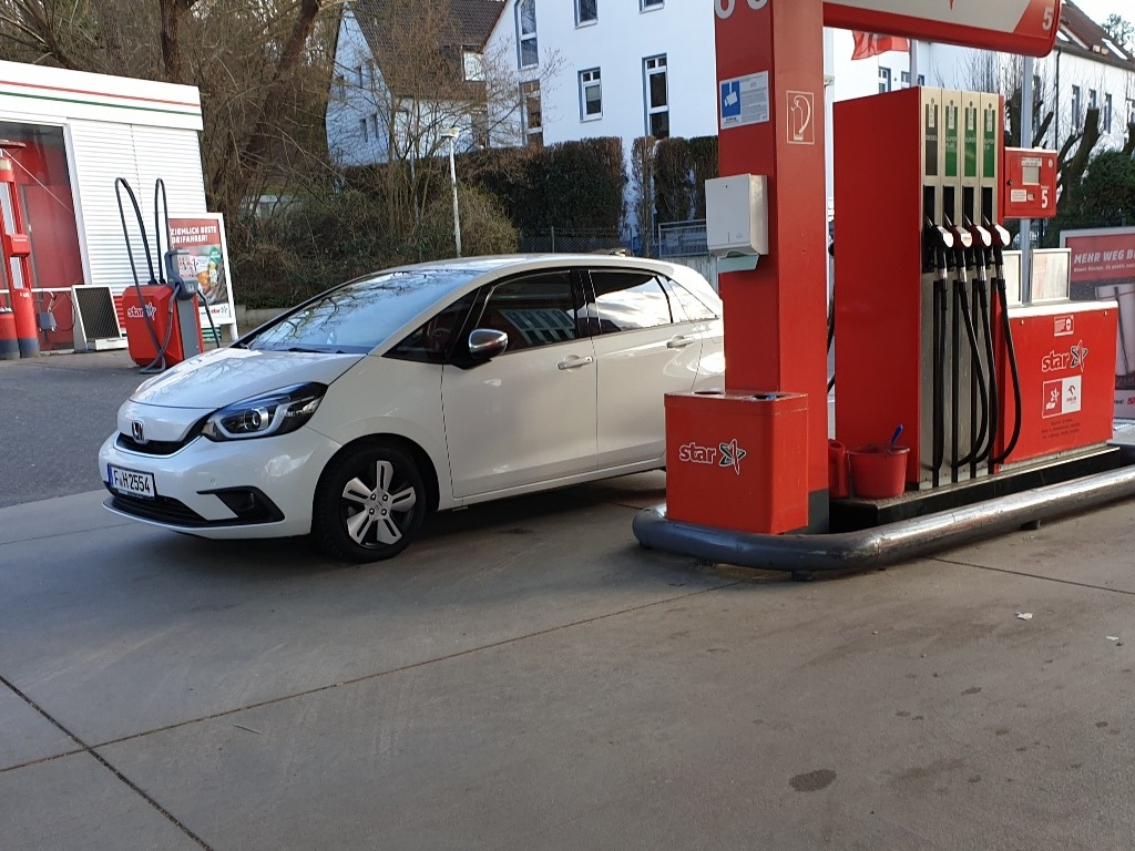 Jazz Hybrid (HEV) Alltagsverbrauch, Tankstelle