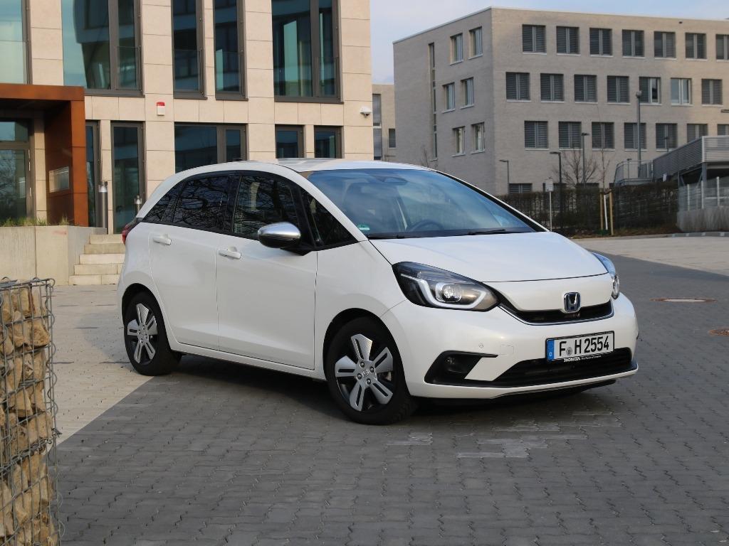 Honda Jazz (GR) 2022, Platinum White Pearl