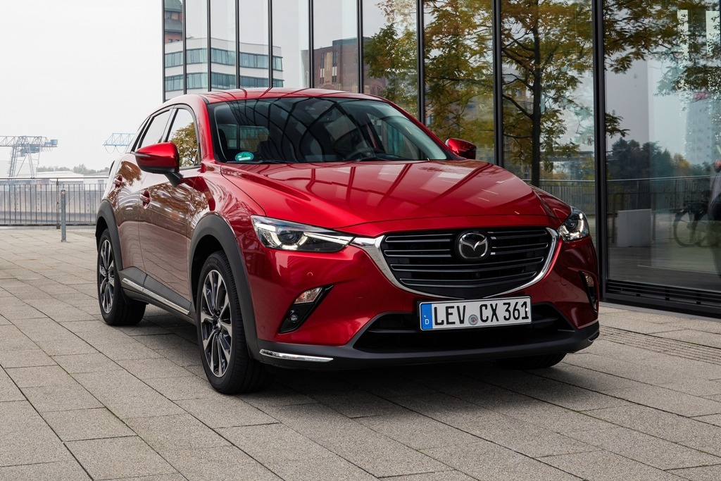 CX-3 in Magmarot Metallic (2021)
