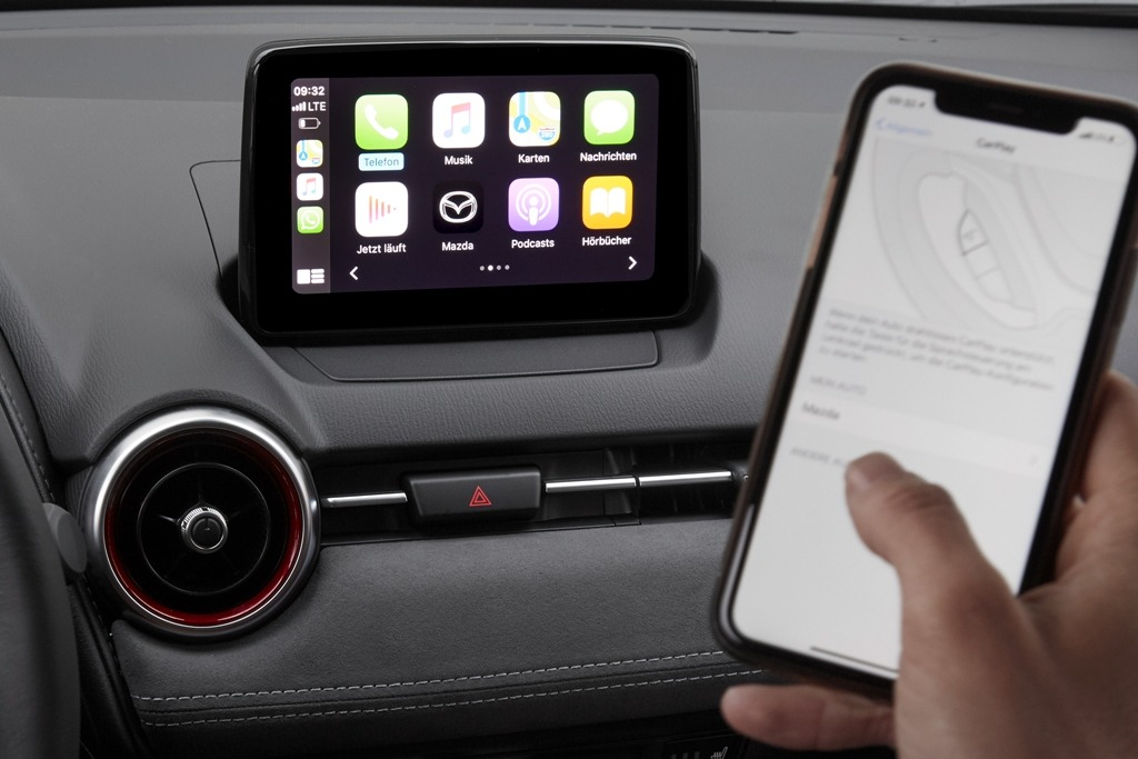 Mazda Connect mit Wireless Apple Carplay
