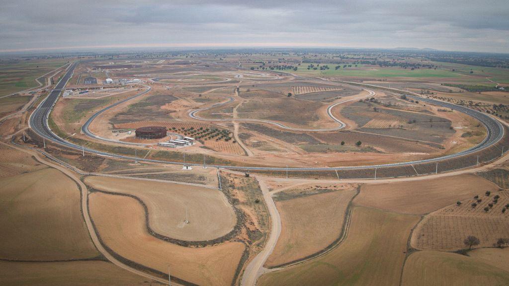 Neues Testgelände von Nokian Tyres: Luftaufnahme des 7 km langen Oval für Hochgeschwindigkeitstests.