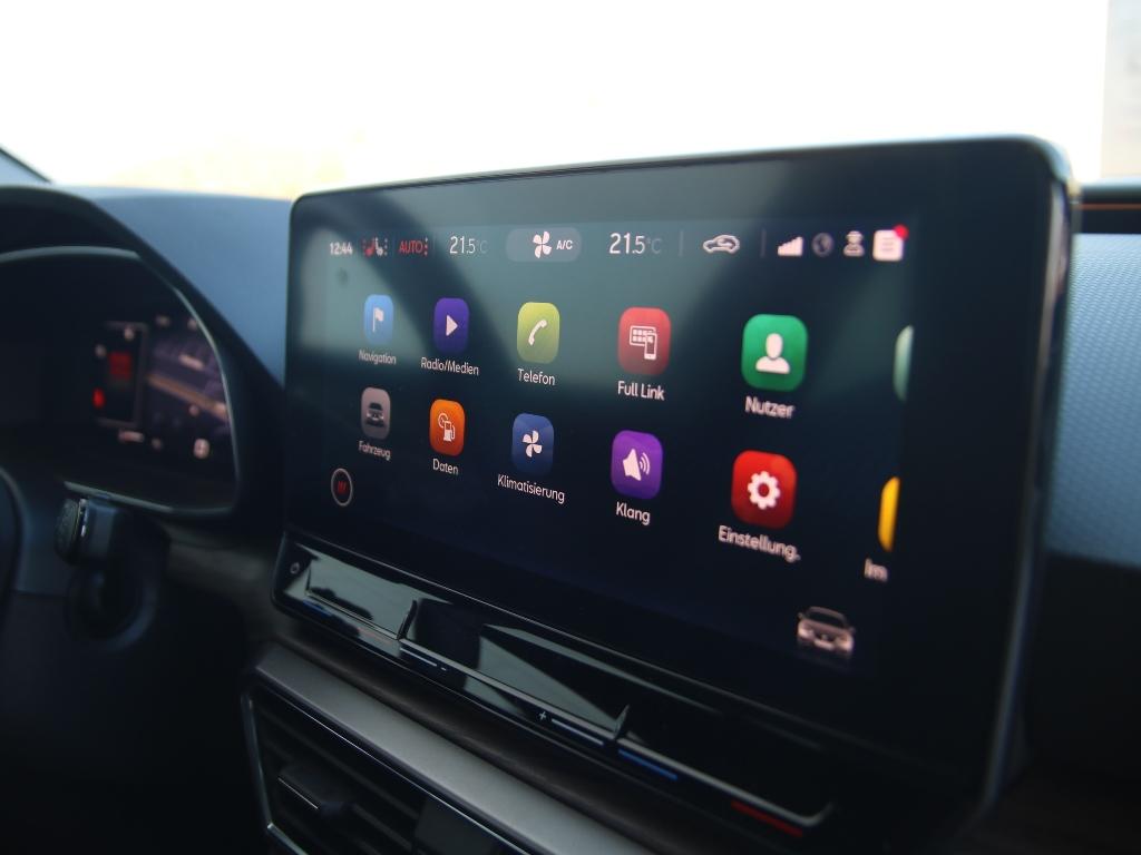10 Zoll Touchscreen Infotainmentsystem