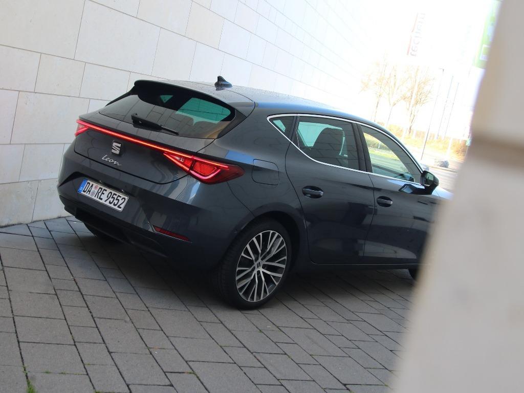 Seat Leon XCellence, Modelljahr 2021, Lackierung: Magnetic Grau