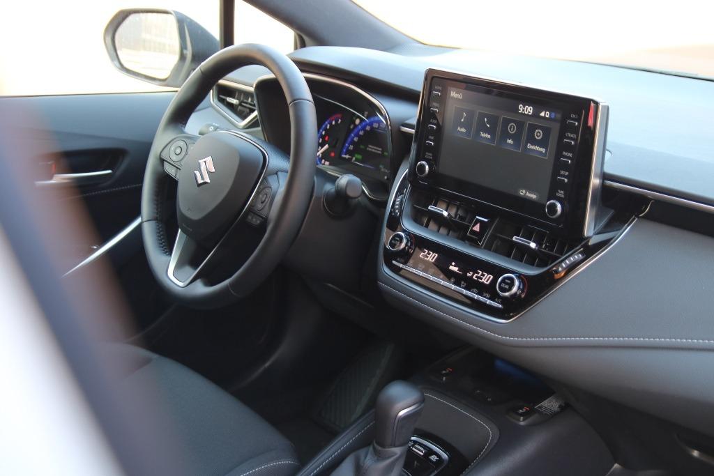 Innenraum im Suzuki Swace