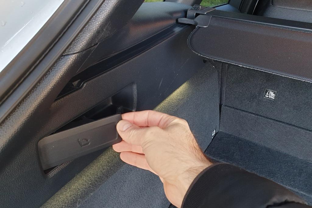 Fernentriegelung für Rücksitzbank (Kofferraum)