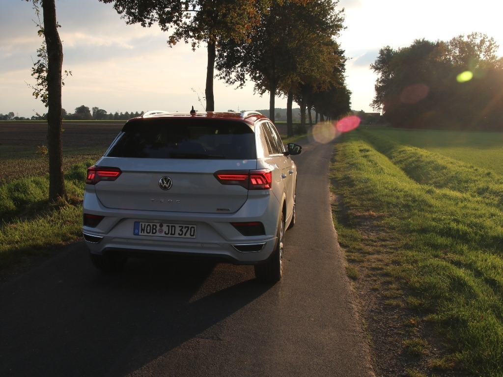 Volkswagen T-Roc Sport (MJ 2020) in White Silver Metallic