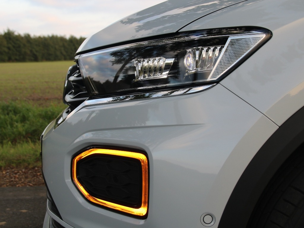 T-Roc Sport mit LED-Blinker und LED-Scheinwerfer