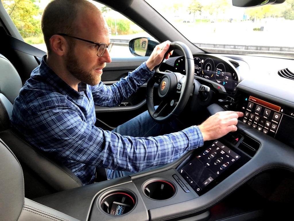 Infotainment, Touchscreen, Fahrzeugbedienung, Daniel Przygoda
