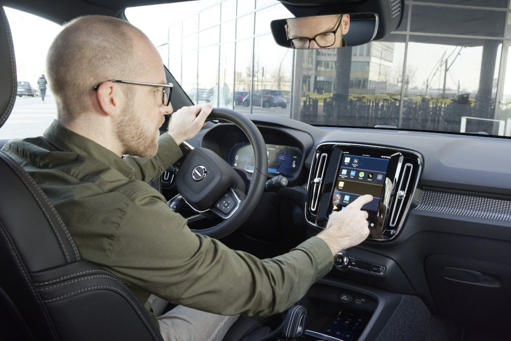 Bedienung Android Automotive OS, Daniel Przygoda