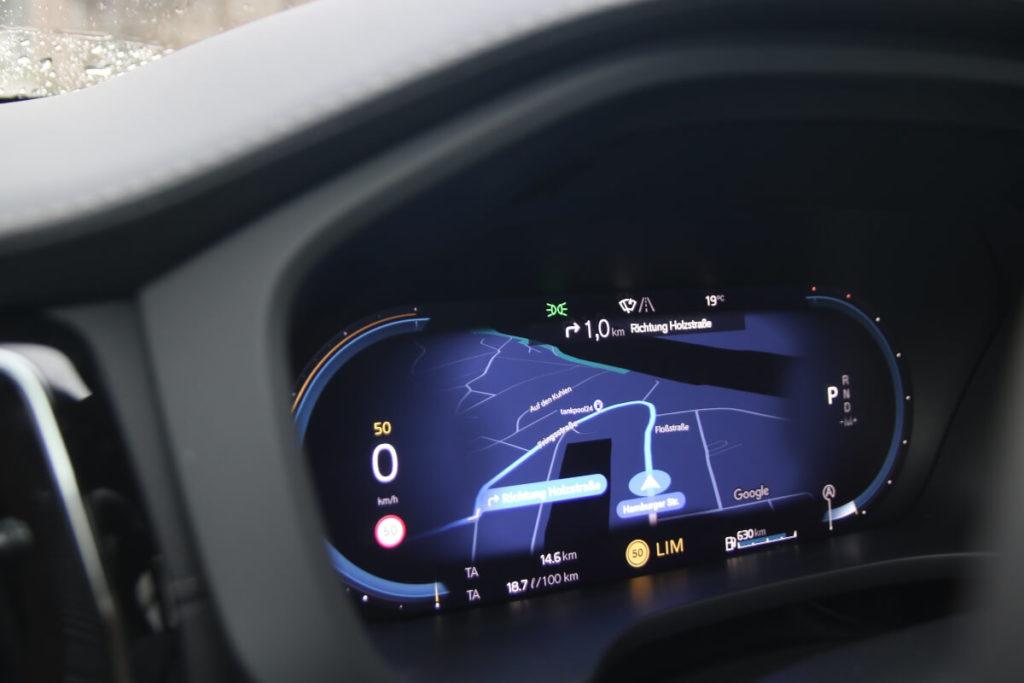 Digitaltacho mit Google Navigation, Modelljahr 2022