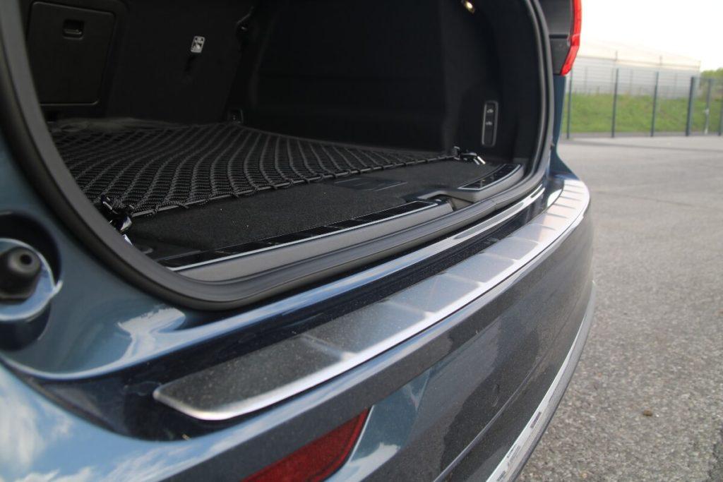 Ladekantenschutz für Kofferraum an Heckstoßstange
