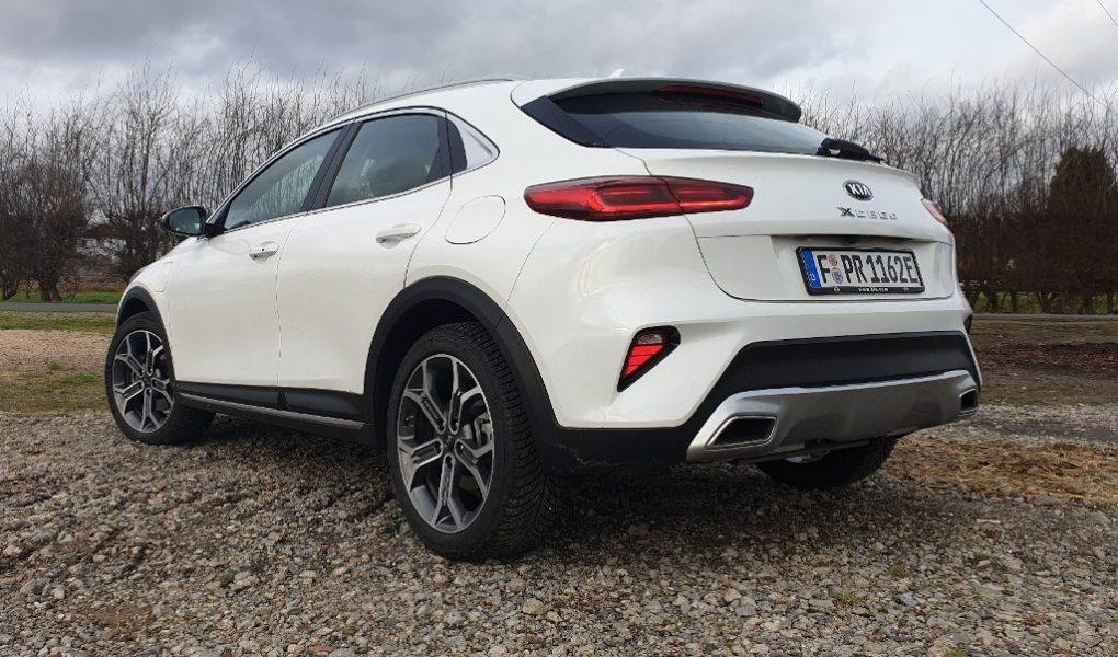 "Kia XCeed ""Spirit"" in Deluxe Weiß Metallic mit Plug-in Hybrid Antrieb"