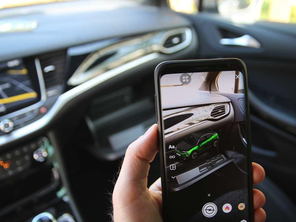 Opel Mokka AR Instagram, Smartphone-App