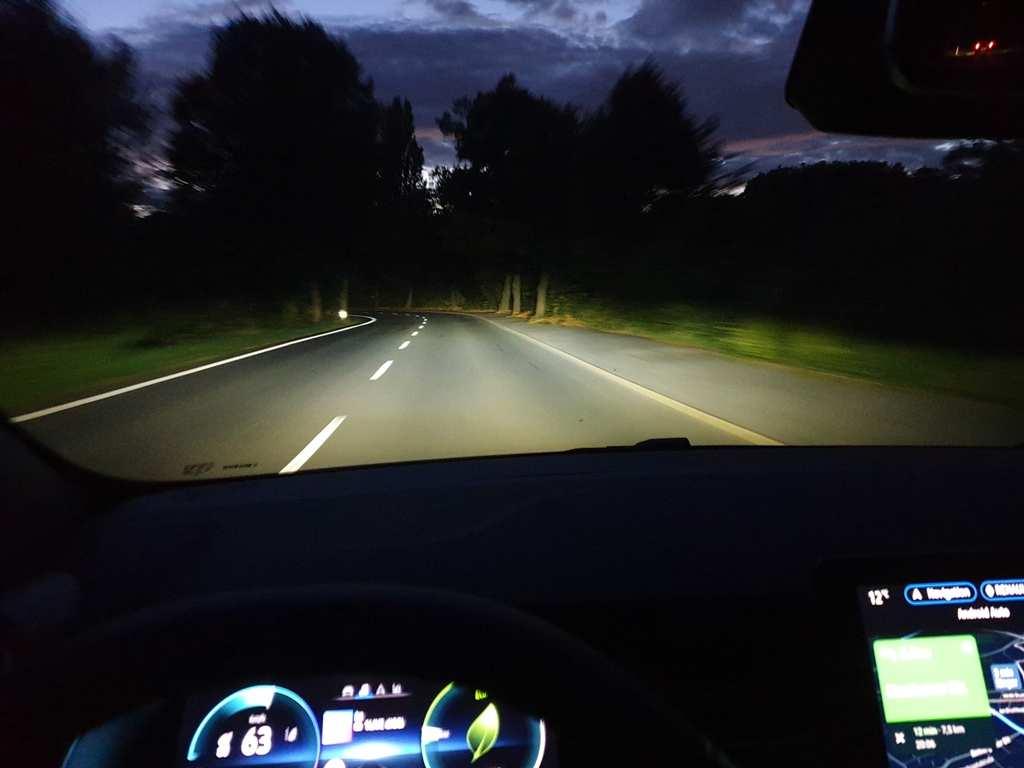 LED-Scheinwerfer Ausleuchtung Fernlichtassistent